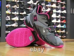 Jordan Why Not Zer0.3 Heartbeat Men's Gray pink, Black Pink. Size 9.5 mens