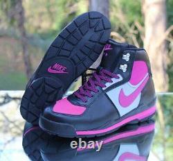 Nike Air Baltoro Womens Size 8.5 Sneakerboots Black Pink Grey 312021-061