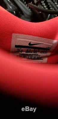 Nike Mens Tiger Woods Golf Shoes tw 17 size 10.5 black grey pink