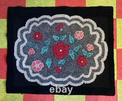 Vtg 20-30s Hand Woven Latch Hook Black Pink Red Gray Area 42x34.5 Rug