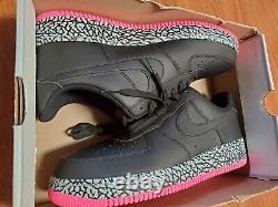 1 Elephant Nike Air Force Print Supreme Black Rose Hyper Gris Taille 11
