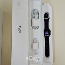 Apple Watch Série 3 Gps Uniquement - 38 MM Et 42 MM Noir / Rose / Gris A, B, Catégorie C