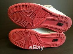 Chaussure Nike Air Revolution Sky Hi Femme Taille 7 Blanc Noir Rose Gris 599410 100