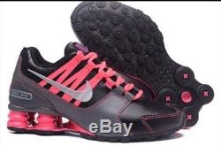 Chaussures Neufs Chaussures Athletic Nike Shox Avenue Taille 8 1/2 Noir / Rose / Gris