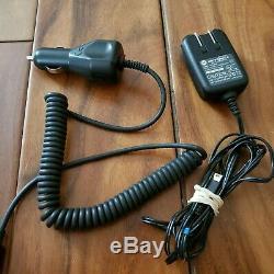 Motorola Razr V3 Gsm At & T / Cingular Argent Quadribande Cellular Phone Bundle Testés