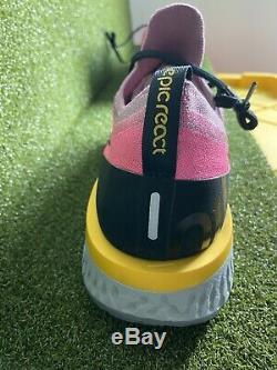Nike Epic Réagir Flyknit Men's Rose Noir Et Gris Espadrilles Taille 13 Aq0067-500