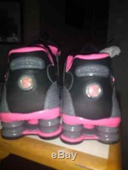 Nike Shox Shoesgray / Pink / Blk Femmes Sz 9 Porté Une Fois