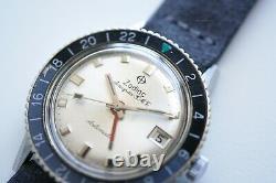 Vintage Zodiac Aerospace Gmt Automatic Silver Dial -black/grey Lunette Ref 752 934
